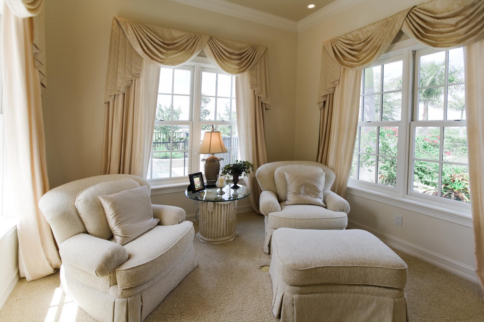 Realizzazioni majastile creazioni che arredano for Curtain ideas for formal dining room